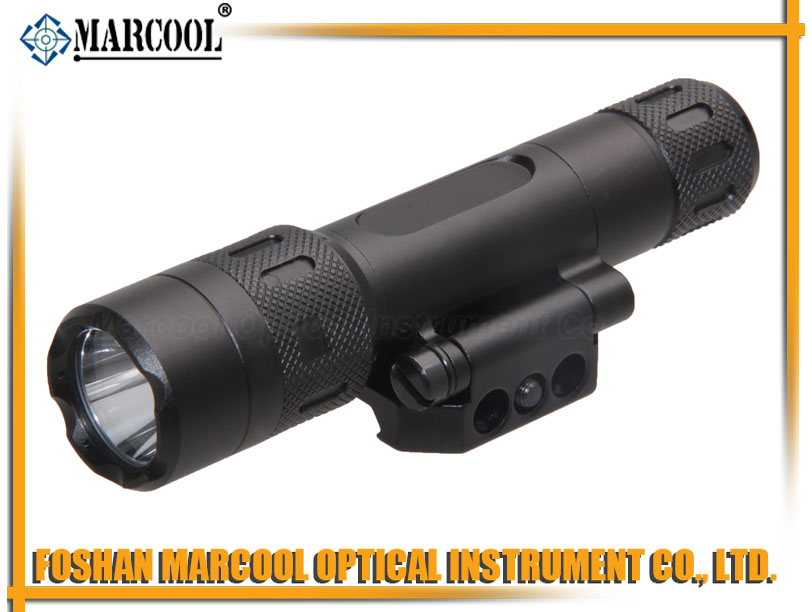 LED Weapon Flashlight with side turn mount
