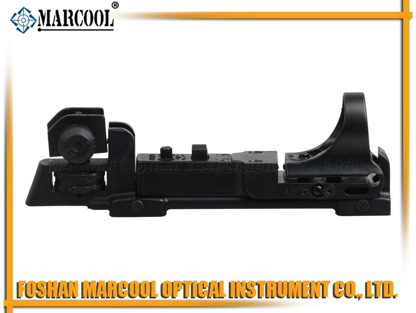 C-MORE TACTICAL Red Dot Sight with a flat top upper receiver -Black